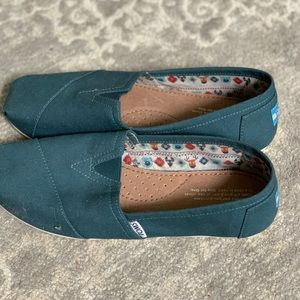 Teal Canvas Toms